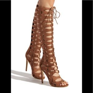 Brown lace up gladiator heels 💕